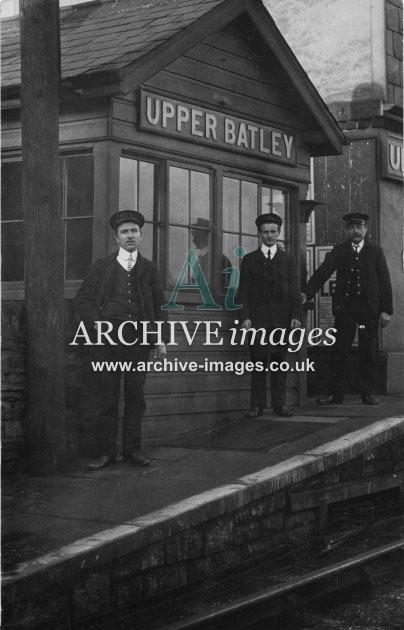 upper batley railway station md archive images. Black Bedroom Furniture Sets. Home Design Ideas