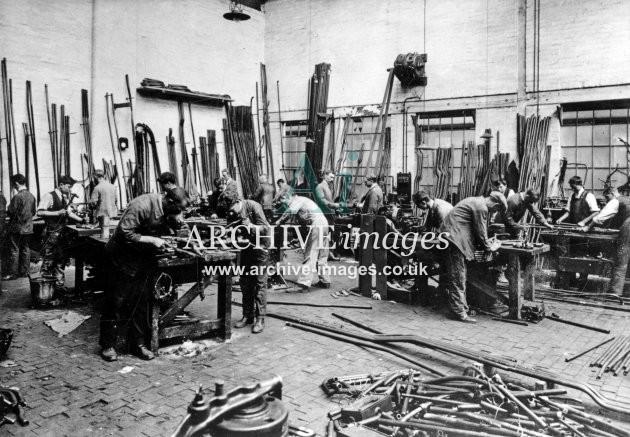 Gloucester RC&W Co Ltd 1924, Pipe Bending