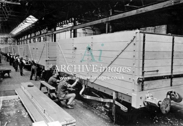 Gloucester RC&W Co Ltd 1924, Wagon Shops