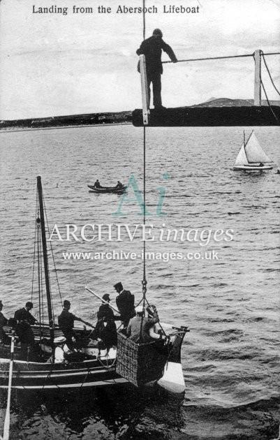 Abersoch lifeboat, landing c1910
