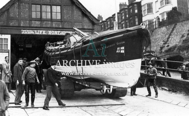 Cromer lifeboat Harriot Dixon c1935