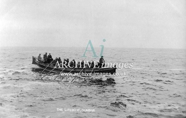 Dunbar lifeboat c1910