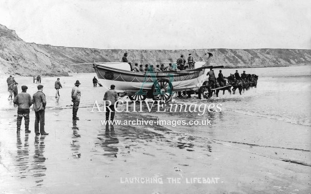 Filey lifeboat, launching c1908