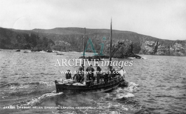 St Abbs lifeboat Helen Smeaton leaving harbour c1925