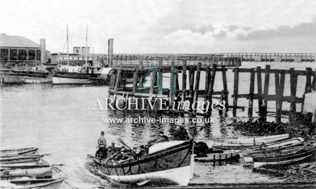 Sunderland lifeboat, launch c1905