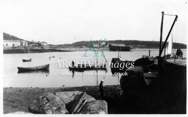 Scilly isles Tresco harbour 1912 1 CMc