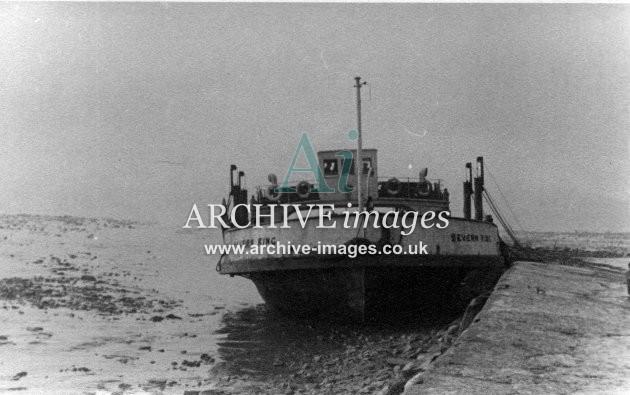 Gloucestershire Severn King Beachley Aust ferry c1935 CMc