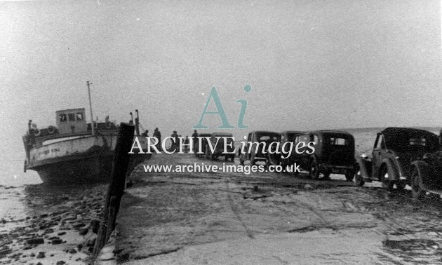 Gloucestershire Severn King Beachley Aust ferry 2 c1935 CMc