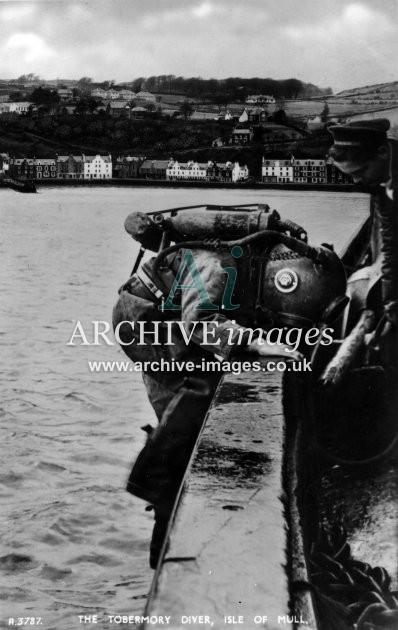 Inner Hebrides Mull Tobermory diver Spanish Armada wreck c1925 CMc