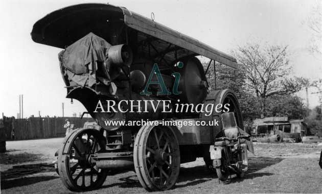Nottinghamshire John Farrars Fowler 11991 Venture steam traction engine 10 May 1941 at Newark on Trent CMc