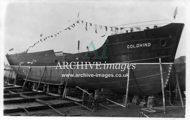 Kent shipbuilding Faversham coaster Goldhind on slipway 1949 CMc