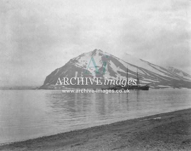 Whaling Recherche Bay Spitzbergen 1905