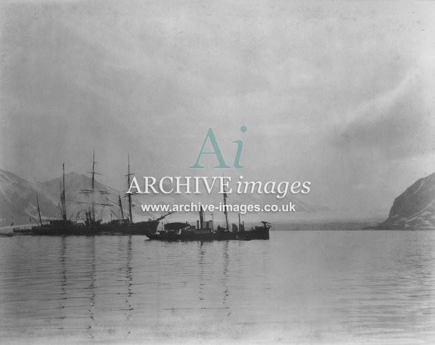 Whaling Spitzbergen Harpoon Steamer Boiling Down in Rear & East Glacier 1905