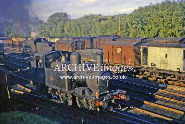 Leominster Station Yard & No 1447 c1962