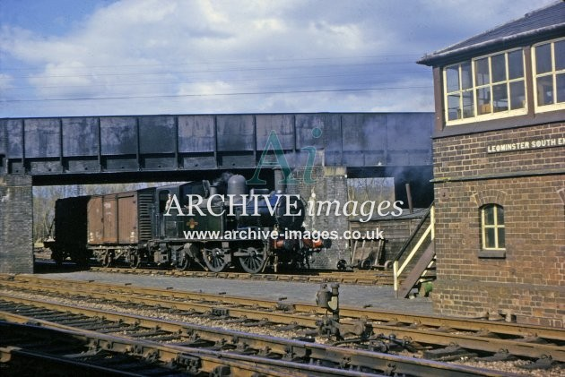 Leominster South End Signal Box & 14xx 1964