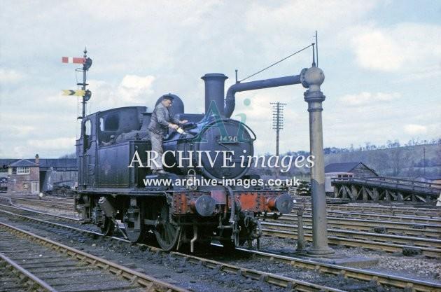 Leominster Station Yard, No. 1420 1964