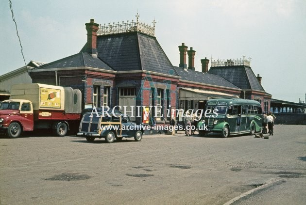 Ross on Wye station, forecourt c1962