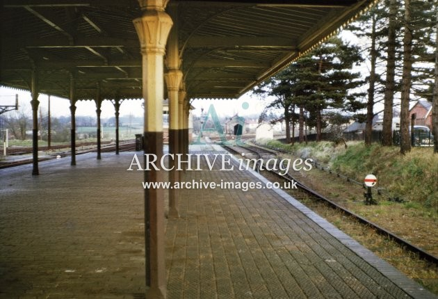 Ross on Wye station, Monmouth bay platform 3.4.66