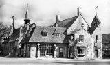 Gloucestershire Moreton in marsh Petrol Station Curfew Corner c1935 CMc.jpg
